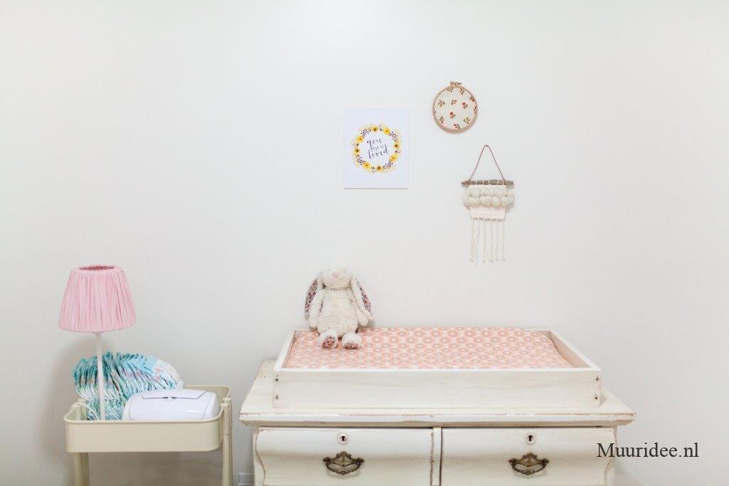Muurschildering babykamer