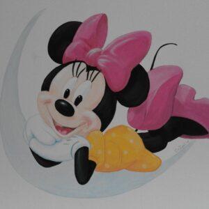 minnie mouse muurschildering babykamer