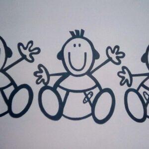 Zwaaiende babys voor in de babykamer als muurtekening